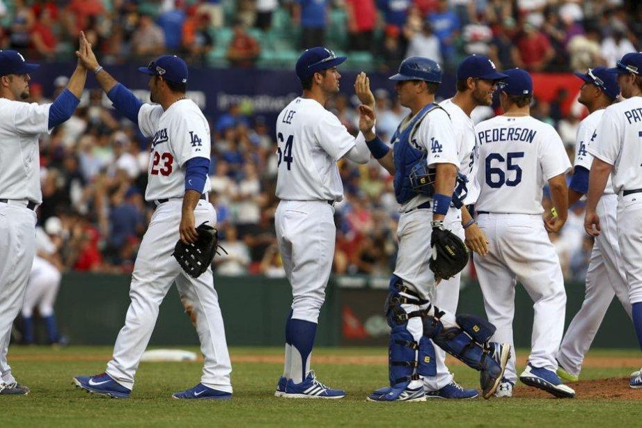Les Dodgers sont demeurés parfaits au Terrain de... (Photo Michelle O'Connor, AP)