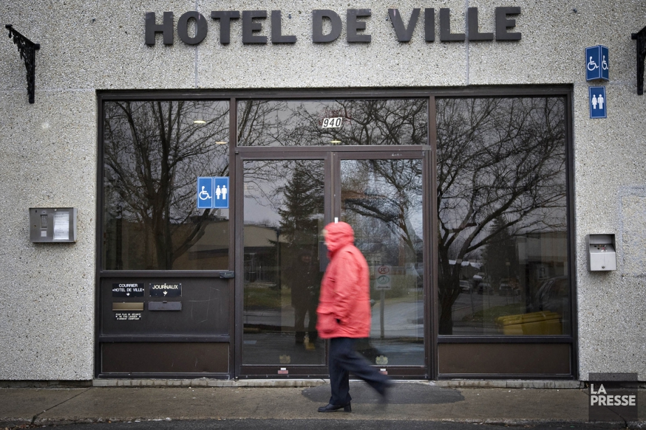 L'hôtel de ville de Boisbriand.... (PHOTO PATRICK SANFAÇON, ARCHIVES LA PRESSE)