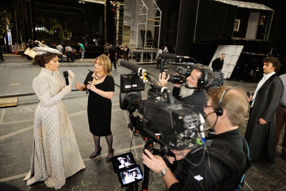 La mezzo-soprano française Sophie Koch en compagnie de... (Photo: AFP)