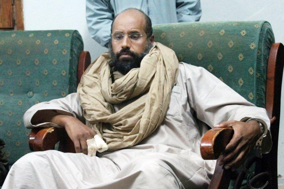 Seif al-Islam est détenu par des ex-rebelles à... (PHOTO AMMAR El-DARWISH, ARCHIVES AP)