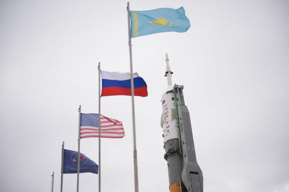 Bien que la crise en Ukraine complique les... (Photo Joel Kowsky, AP/NASA)