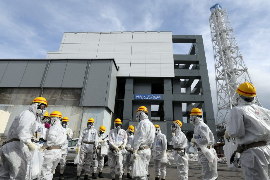 Plus de 435 000 mètres cubes d'eau contaminée... (Photo Hiroto Sekiguchi, AP)