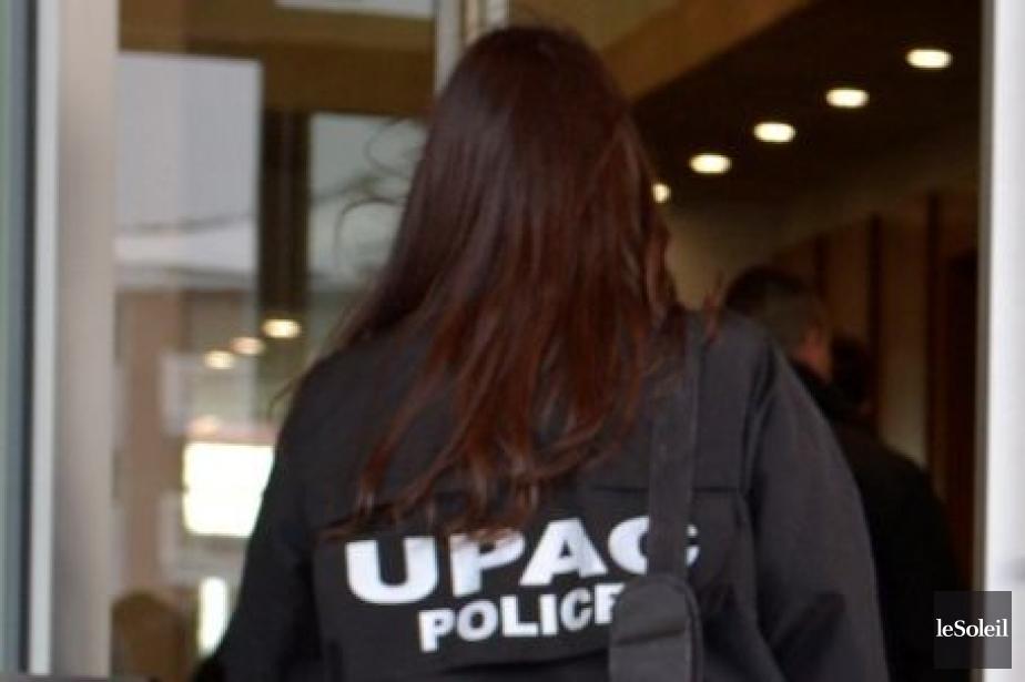 Les enquêteurs de l'UPAC ont rencontré des dirigeants... (Photothèque Le Soleil, Yan Doublet)