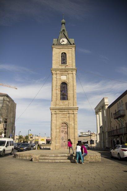 La tour de l'horloge du Vieux-Jaffa, un quartier arabe situé au sud du centre de Tel-Aviv. (Photo Simon Coutu, collaboration spéciale)