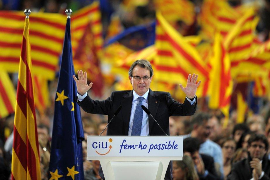 Le président de Catalogne Artur Mas, en pleine... (PHOTO  LLUIS GENE, ARCHIVES AFP)