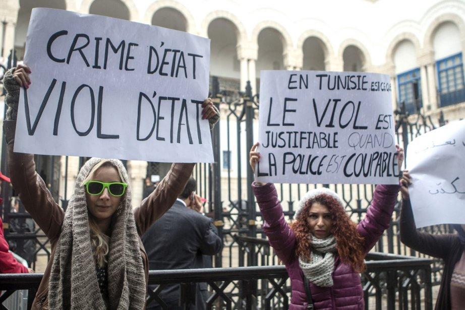 Des femmes participent à un rassemblement pour protester... (Photo Fethi Belaid, AFP)