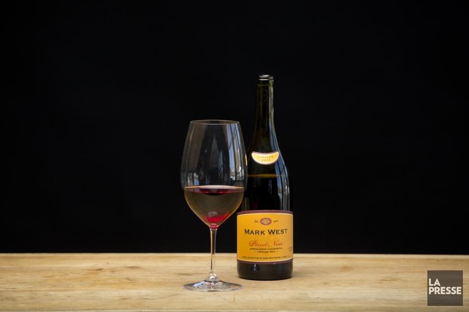 Vin rouge de Pinot noir, de Californie, marqué... (Photo David Boily, La Presse)