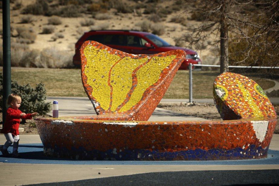 On découvre des oeuvres d'art ici et là à Reno, parfois même parmi les bancs publics et les supports à vélos. (Photo Bernard Brault, La Presse)