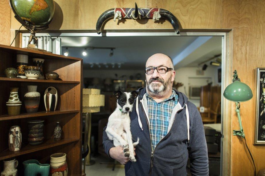 Jean-Guy Cyr, propriétaire de la boutique Jack's. (Photo Édouard Plante-Fréchette, La Presse)