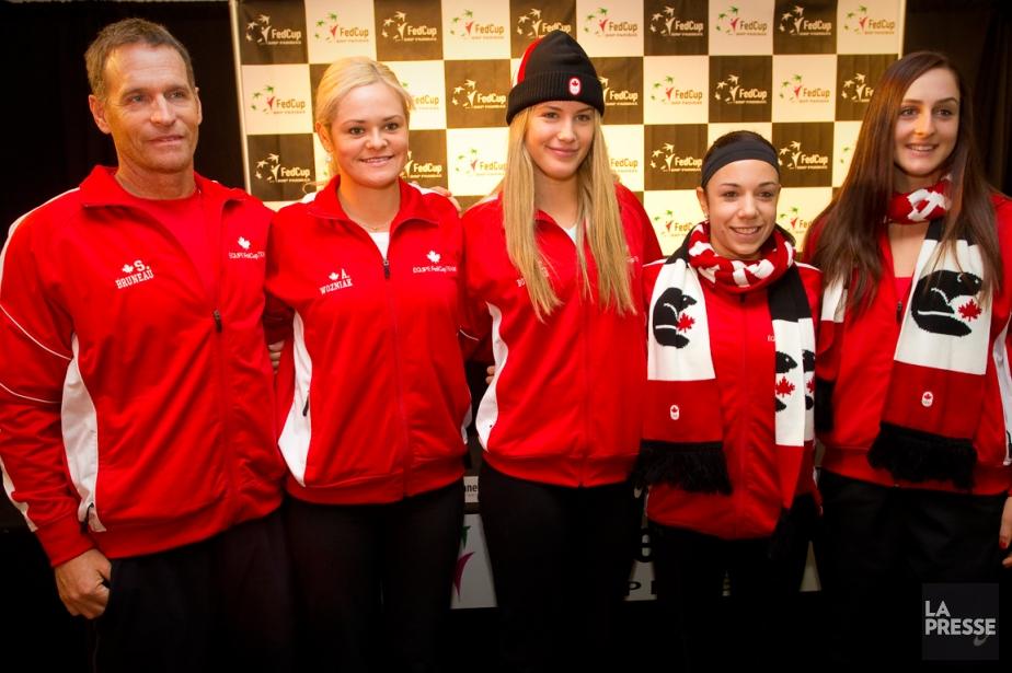 L'équipe canadienne de Fed Cup: le capitaine Sylvain... (Photo André Pichette, archives La Presse)