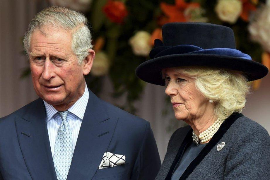 Le prince de Galles et la duchesse de... (PHOTO BEN STANSALL, ARCHIVES AFP)