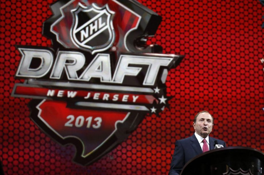 La Ligue nationale de hockey, dirigée par Gary... (Photo Brendan McDermid, archives Reuters)