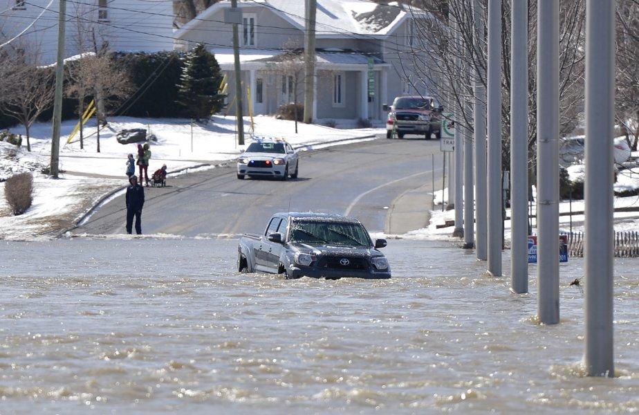 Inondation à Ste-Marie de Beauce (Photo Yan Doublet, Le Soleil)