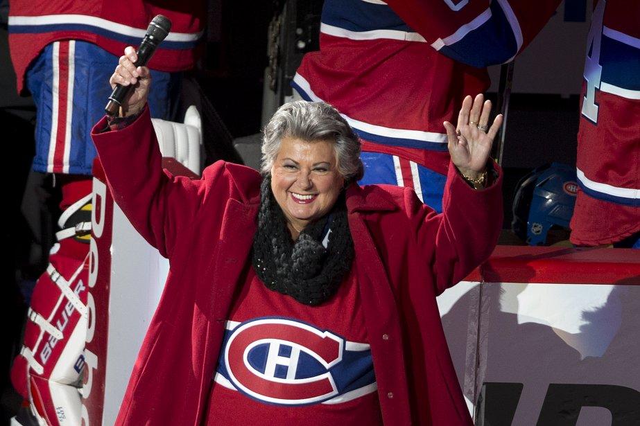 Ginette Reno a chanté l'hymne national canadien en français. (Photo Robert Skinner, La Presse)