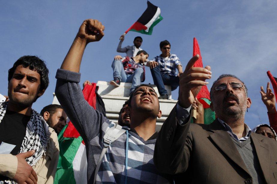 La direction palestinienne a estimé que le refus... (Photo IBRAHEEM ABU MUSTAFA, Reuters)