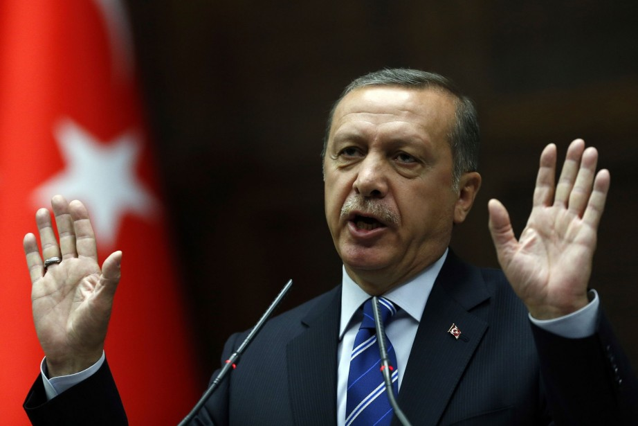 La semaine dernière, le chef du gouvernement turc... (PHOTO UMIT BEKTAS, REUTERS)