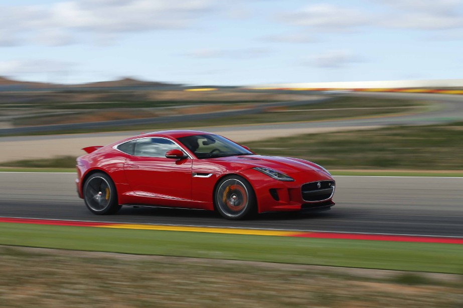 Jaguar F-type Coupe R (Photo fournie par Jaguar)