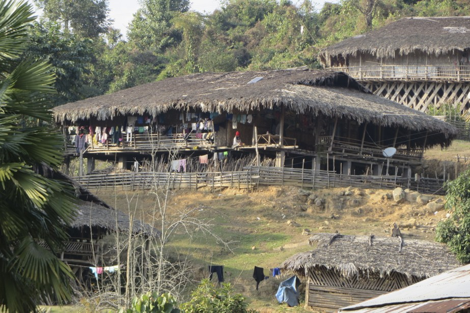 Pobdi, l'un des villages de la tribu Galo,... (Photo Rodolphe Lasnes, collaboration spéciale)