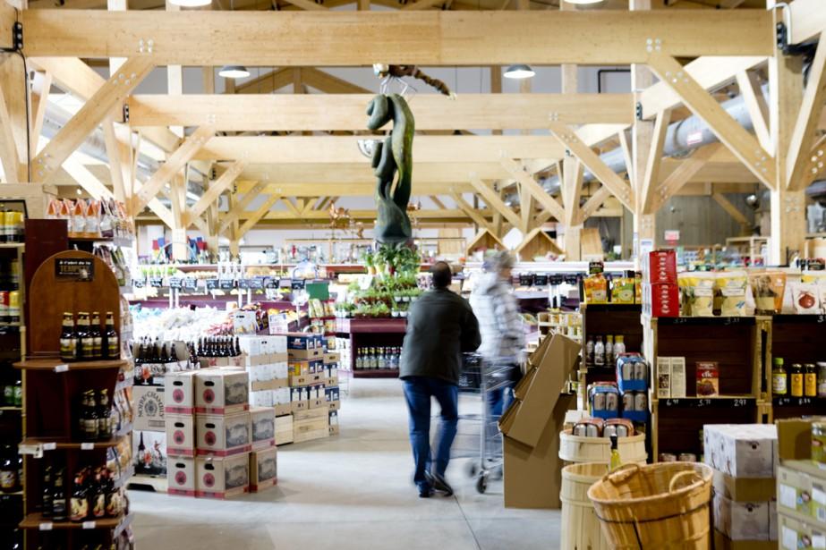 Le complexe Ferme Guyon qui comprend notamment une épicerie fine, une boucherie et une pépinière. (Photo Marco Campanozzi, La Presse)