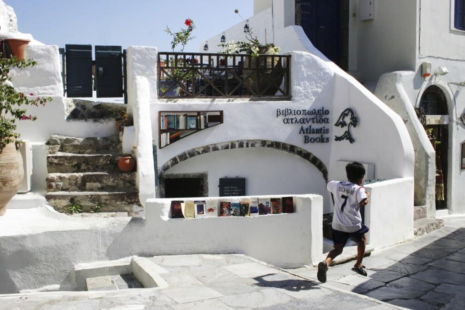 La libraire Atlantis, située à Oia, dans l'île grecque de Santorin. (Photo fournie par Atlantis)