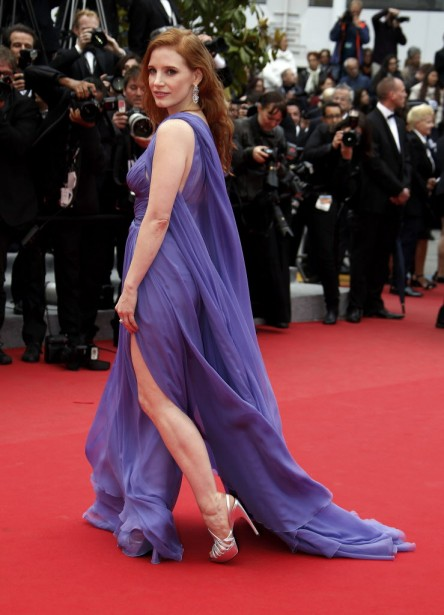 Jessica Chastain a foulé le tapis rouge dans un coup de vent, pour le plus grand bonheur des photographes. (Photo ERIC GAILLARD, REUTERS)
