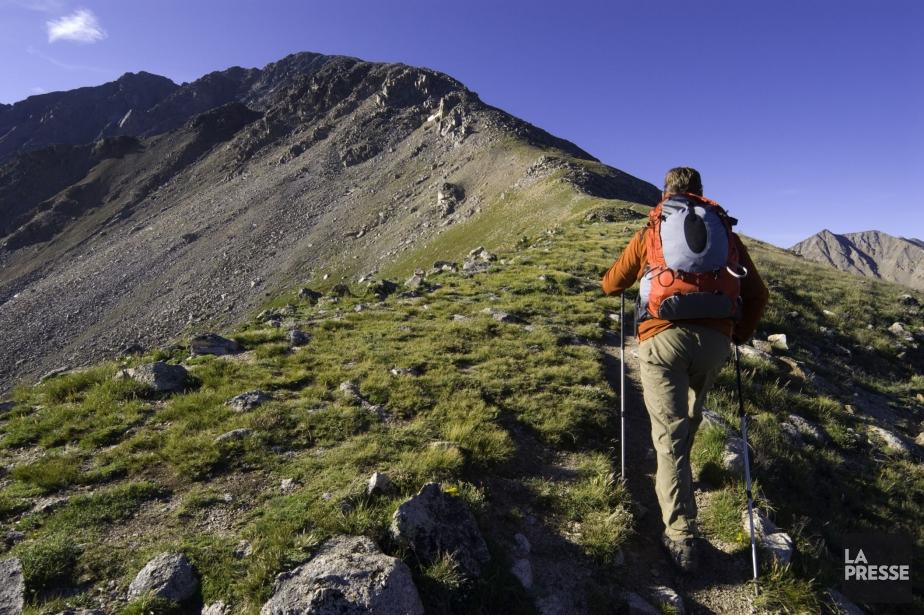 Un radonneur au parc national des montagnes Rocheuses,... (Photo archives La Presse)