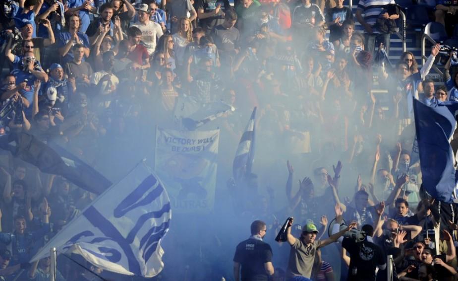 Les partisans «ULTRA» de l'Impact au Stade Saputo. (Bernard Brault, La Presse)