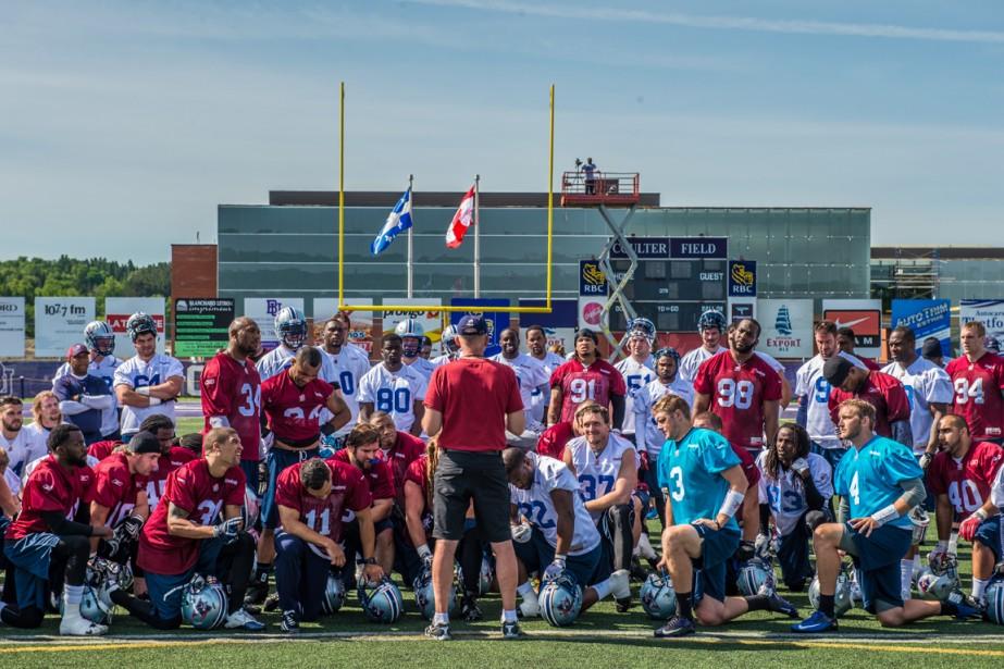Le camp d'entraînement des Alouettes se déroule comme... (Photo fournie par les Alouettes de Montréal)
