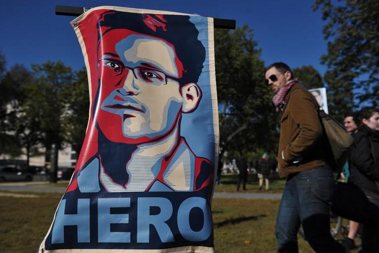 Opinion publique choquée, alliés ulcérés: un an après, les... (Photo: AFP)