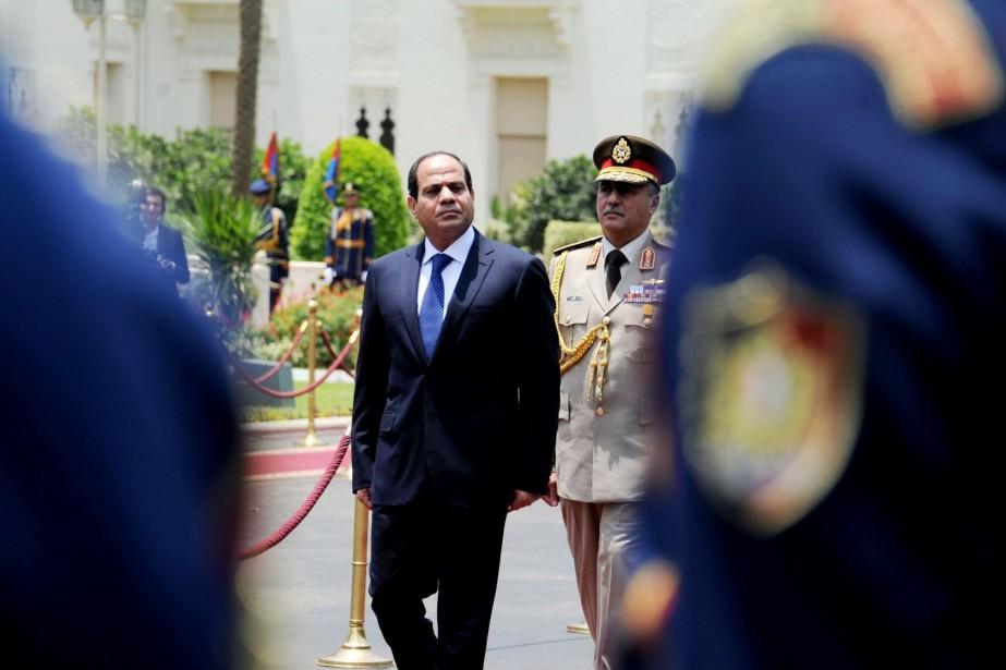L'ex-chef de l'armée Abdel Fattah al-Sissi... (PHOTO ARCHIVES ASSOCIATED PRESS)
