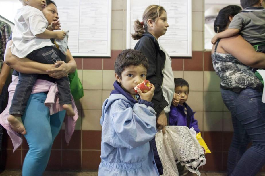Le nombre d'enfants non accompagnés arrêtés aux frontières... (PHOTO SAMANTHA SAIS, ARCHIVES REUTERS)