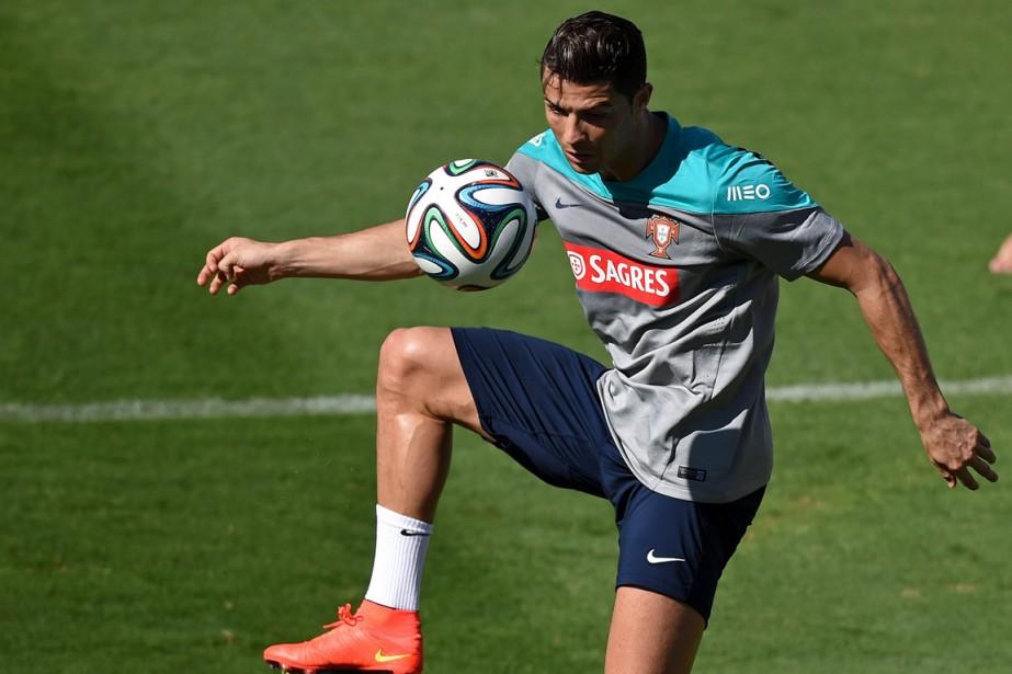 Cristiano Ronaldo... (Photo Francisco Leong, archives AFP)