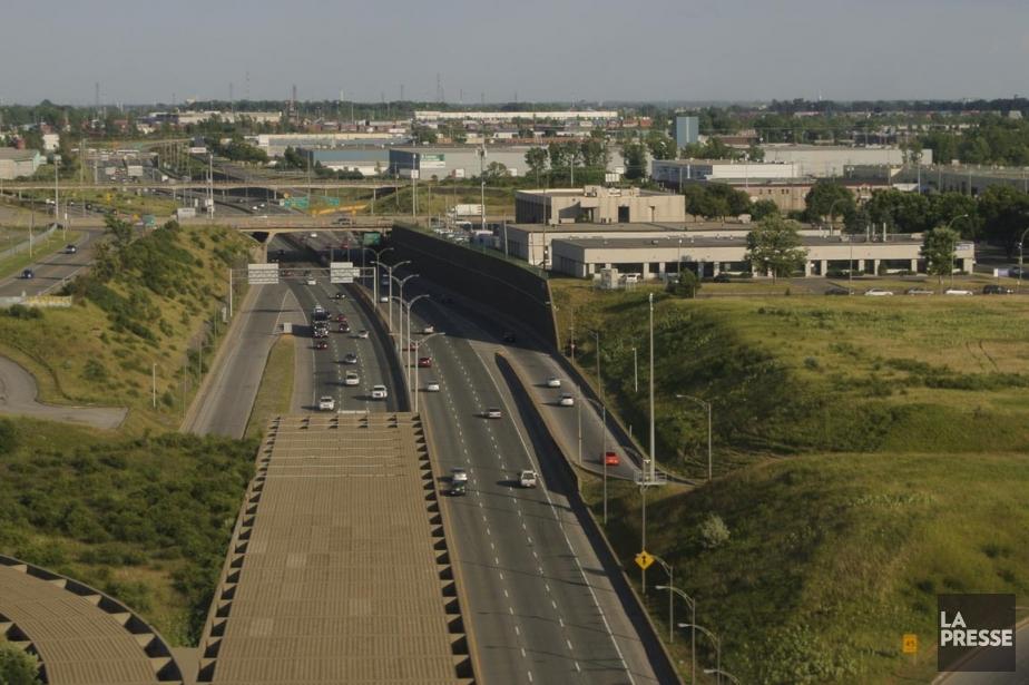 L'autoroute 13 sera complètement fermée dans les deux... (Photo Bernard Brault, archives La Presse)