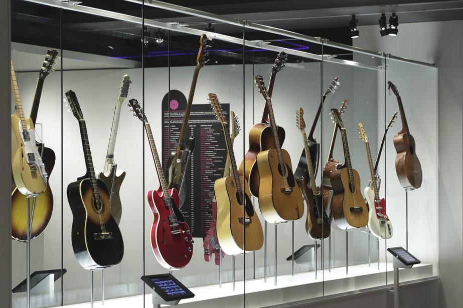 La basse de Bill Gagnon du Ville-Émard Blues... (Photo: fournie par le Musée McCord)