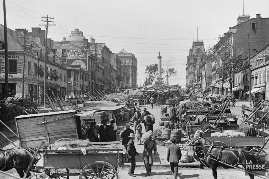 La place Jacques-Cartier au tournant du siècle dernier,... (Photo Archives La Presse)