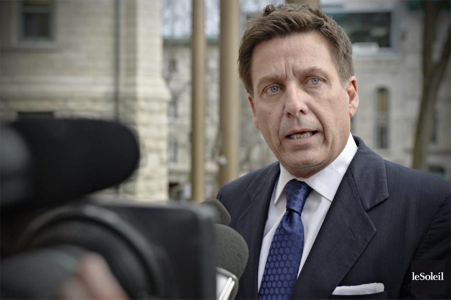 Le ministre des Affaires municipales, Pierre Moreau.... (PHOTO PASCAL RATTHÉ, ARCHIVES LE SOLEIL)