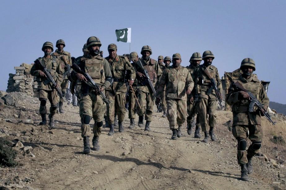 L'offensive est menée à la fois par l'aviation,... (Photo Anjum Naveed, AP)