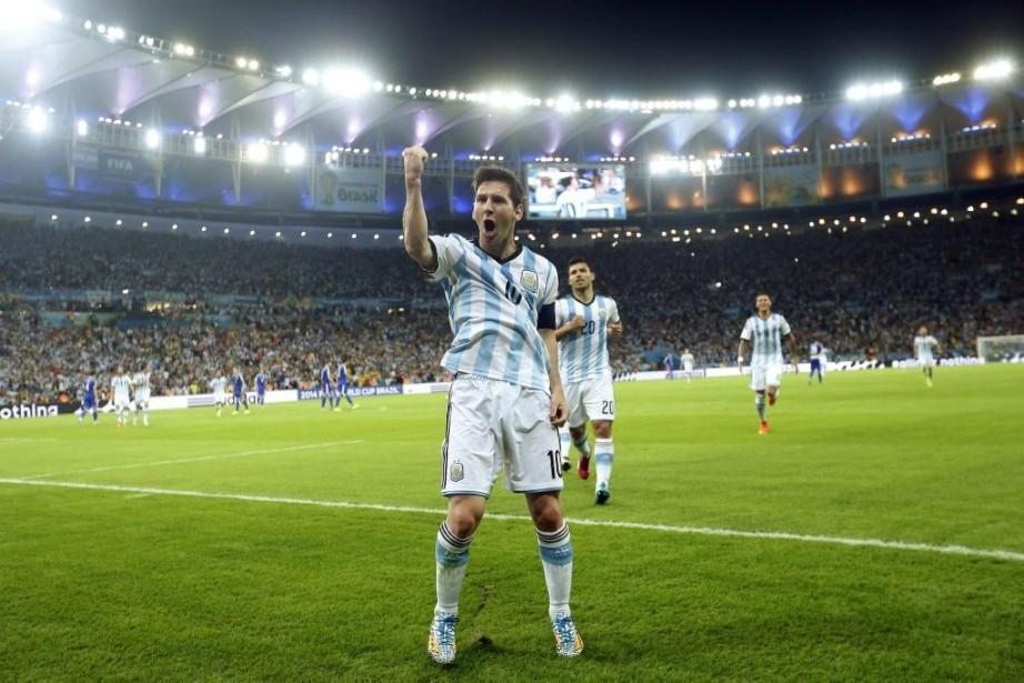 Lionel Messi célèbre son but inscrit en deuxième... (Photo: AP)