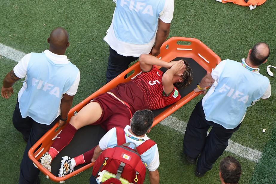 Le défenseur du Portugal Fabio Coentrao a dû... (Photo François Xavier Marit, AFP)