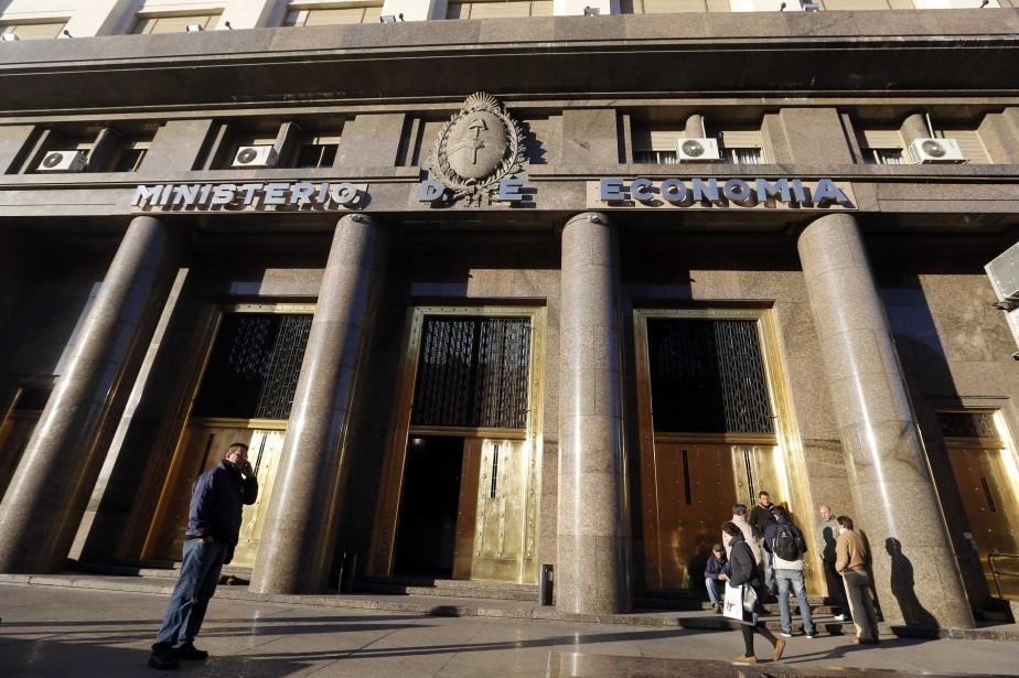 Le gouvernement argentin a annoncé mercredi... (Photo Enrique Marcarian, Reuters)