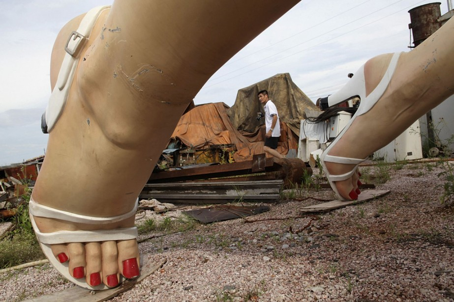 Après avoir été exposée pendant six mois, la statue de Marilyn Monroe a été jetée aux ordures à Guigang, dans la région autonome du Guangxi. Six artistes chinois ont travaillé pendant deux ans sur cette reproduction géante de l'icône américaine, inspirée du film  The Seven Year Itch  ( Sept ans de réflexion ) | 20 juin 2014