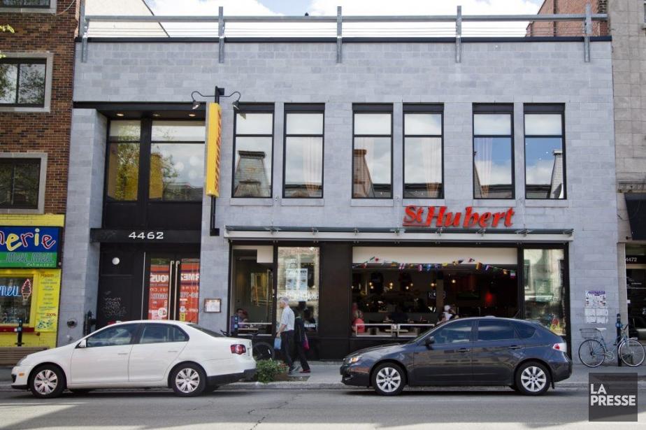 La direction des restaurants Saint-Hubert aimerait que ses... (PHOTO SIMON GIROUX, LA PRESSE)