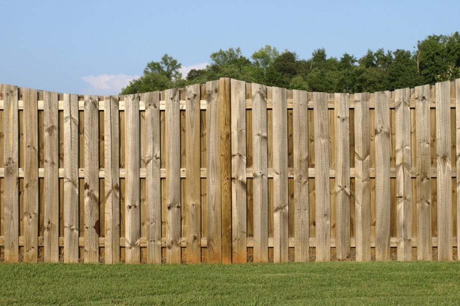 Lorsqu'on décide d'installer une clôture pour délimiter sa... (PHOTO THINKSTOCK)