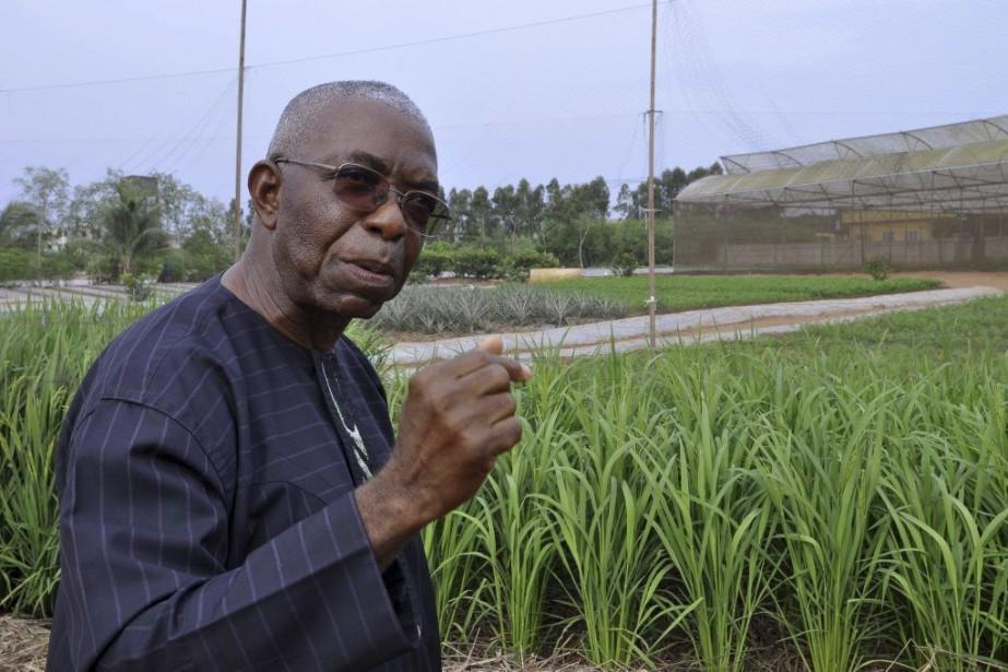 Godfrey Nzamujo,prêtre dominicain élevé en Californie, a mis... (PHOTO Charles Placide Tossou, AFP)