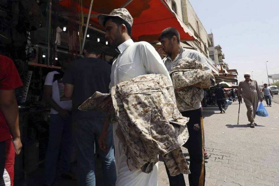L'utilisation de Twitterpar les partisans de l'EIIL et... (PHOTO SABAH ARAR, AFP)