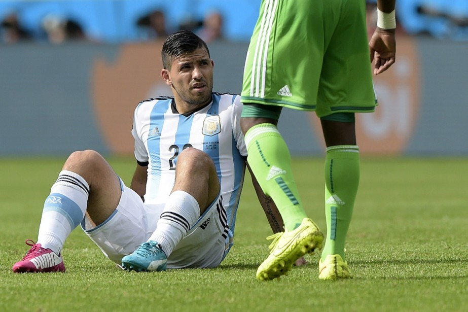 L'attaquant argentin Sergio Aguero souffre d'une blessure à... (Photo Juan Mabromata, AFP)