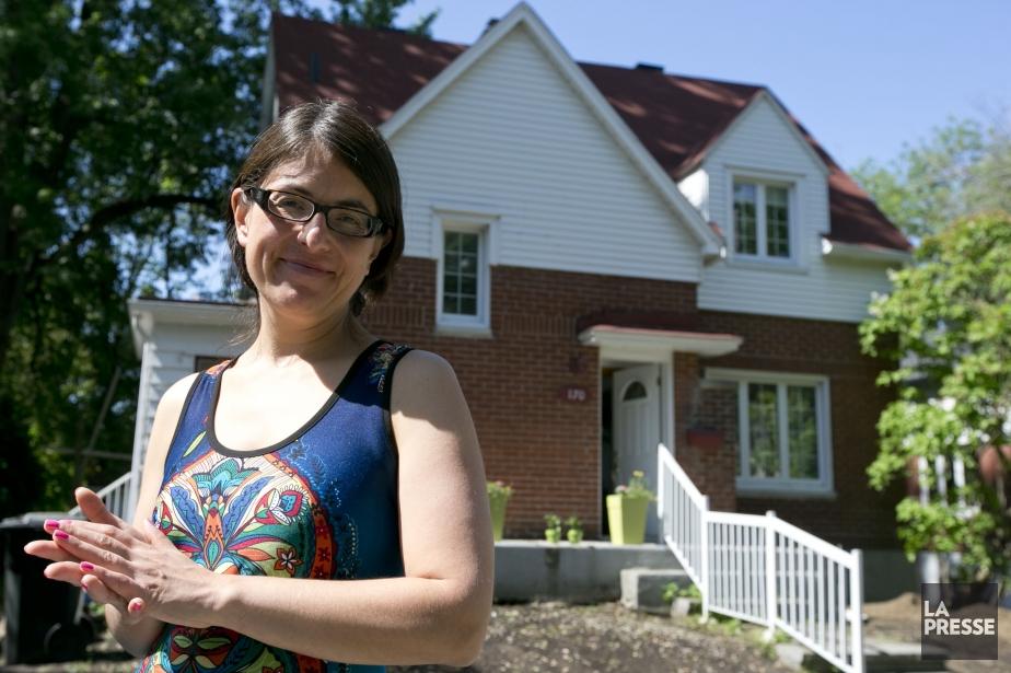 Denisse Campos devant sa maison de la rue... (Photo François Roy, La Presse)