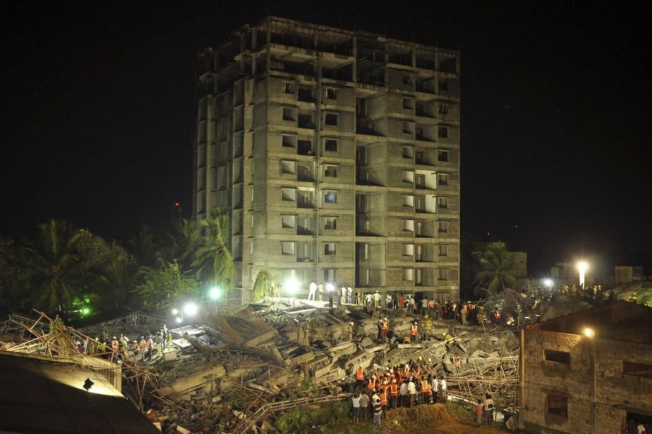 Les effondrements sont fréquents en Inde, où la... (PHOTO REUTERS)