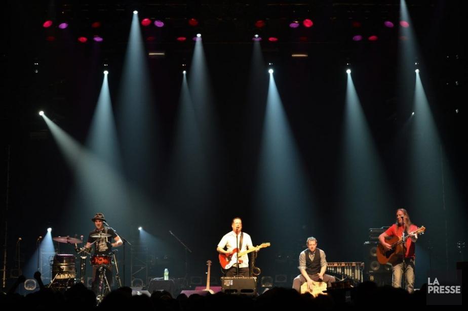 Trente ans plus tard, le son folk-punk typique... (Photo Bernard Brault, La Presse)