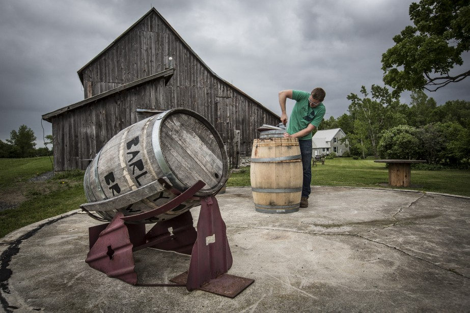 La tonnellerie The Carriage House Cooperage est la voisine de la distillerie 66 Gilead. (PHOTO OLIVIER PONTBRIAND, LA PRESSE)